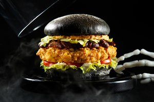 Monster Chicken Burger @ Pullman Saigon Centre