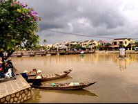 "UPDATE: Tourists ""do"" have to pay a fee to enter Hoi An's old own, most of the time…"
