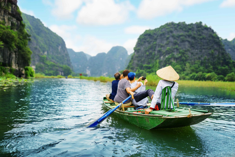 Guide to Travel in Vietnam