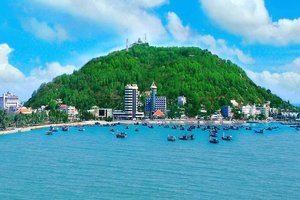 Plogging for Change: A Beach Clean-up Project in Vung Tau