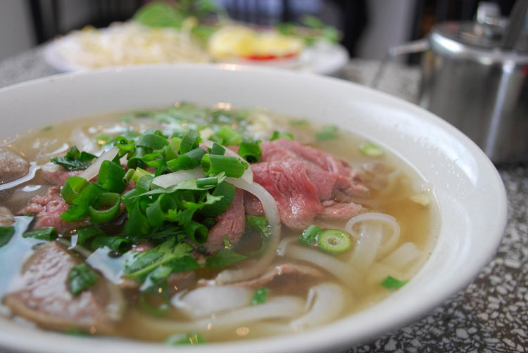 pho top 10 food street hcmc