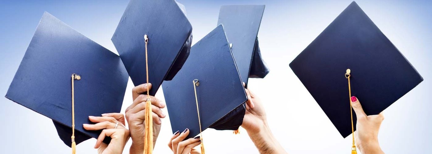 what you should consider when choosing a college You need to try as best you can to get a feel for the personality of each school you are considering, and consider whether it is a good match for your own character.