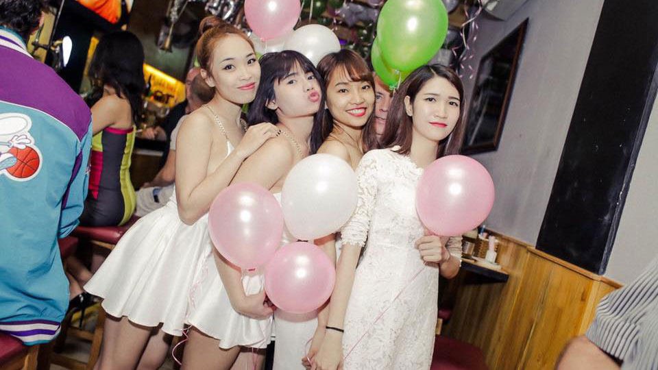 Saigon Nightlife The Best Bars And Clubs
