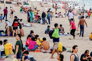 Asian Tourists Top The Charts in Vietnam
