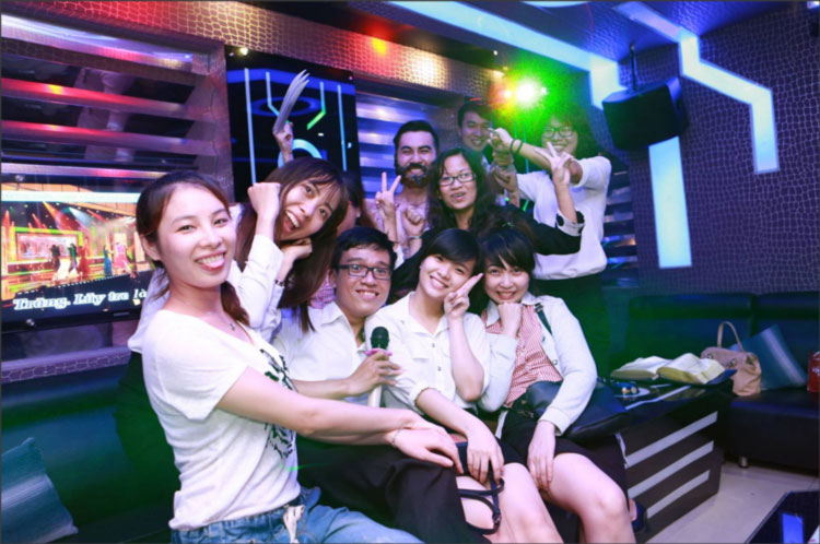 Sexy Karaoke in Night Saigon